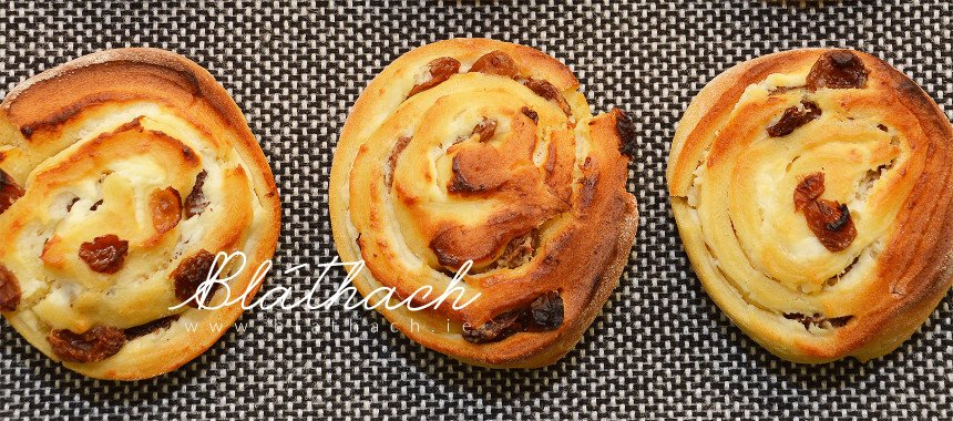Vanilla Cheese Rolled Buns