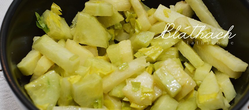 Kohlrabi Salad with Pears