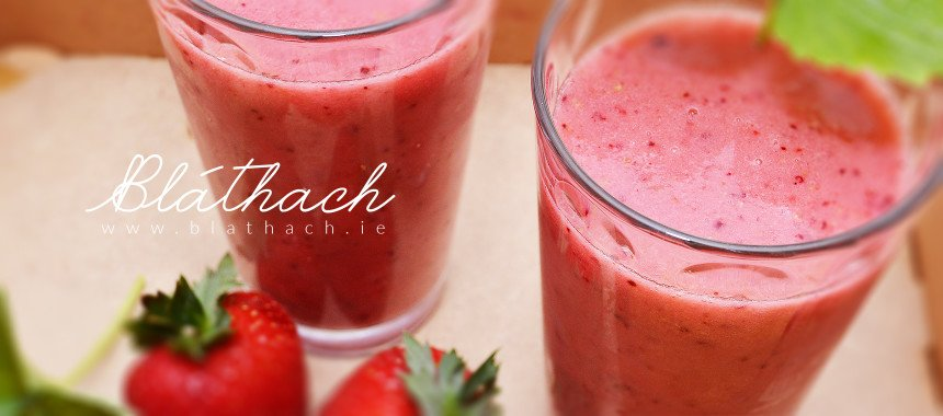 Sour Berry Fruits Smoothie