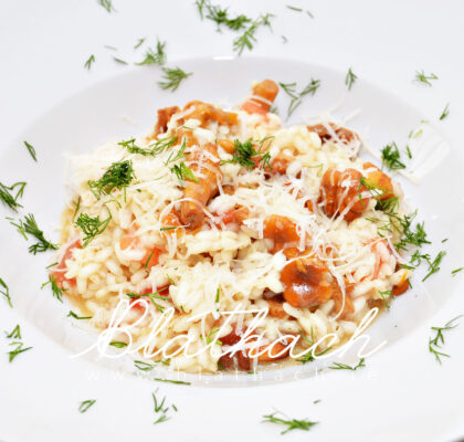 summer risotto with chanterelles and fresh tomatoes